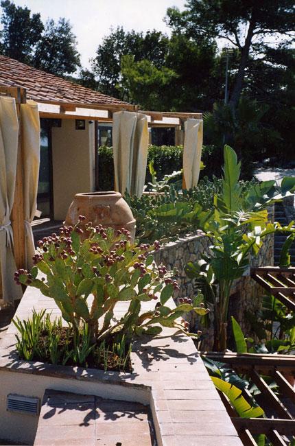Giardini mediterranei isabella casali di monticelli for Giardini mediterranei